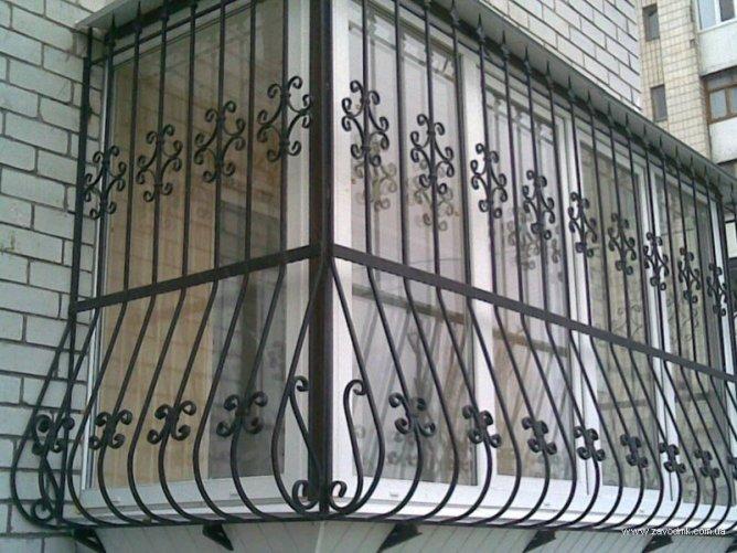 Сварная решётка для балкона
